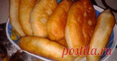 Удивительно вкусные пирожки «Без хлопот» Тесто готовится за 5 минут, а пирожки получаются мягкие, вкусные и не черствеют 2-3 дня (если, конечно, долежат)! 😋👌