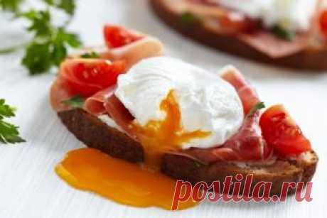 Готовим яйца в микроволновке: топ самых лёгких рецептов