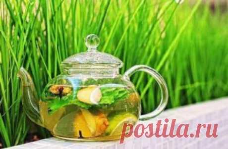 Имбирный чай прекрасное средство для похудания поэтому  рекомендован людям с повышенным весом многновенно начинает  сжигать жиры и дает дополнительную энергию