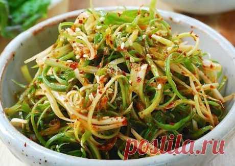 3 салата в азиатском стиле | Поделки, рукоделки, рецепты | Яндекс Дзен
