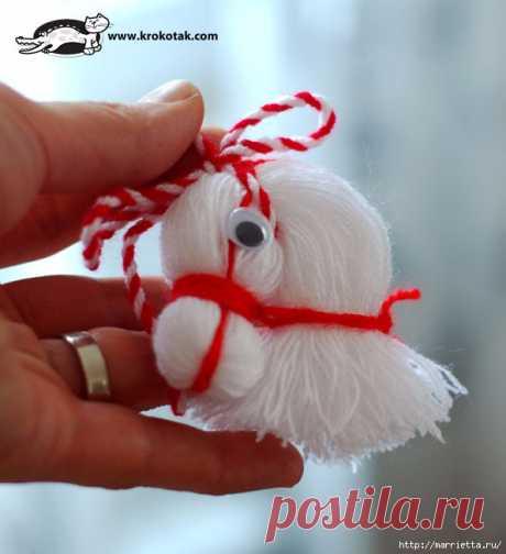 Лошадка из пряжи. Подвеска для новогодней елки