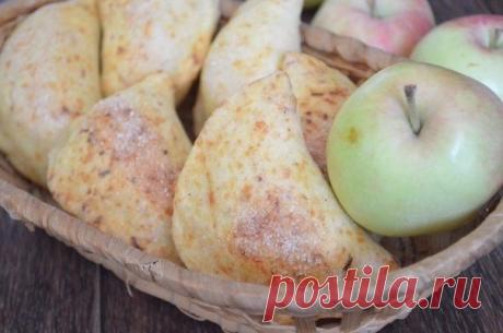 Вы много потеряете если не попробуете — Яблочные пирожки из сырного теста