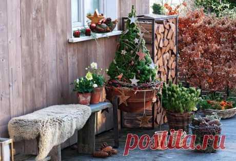 Уличный новогодний декор: украшаем террасу, балкон, подоконник