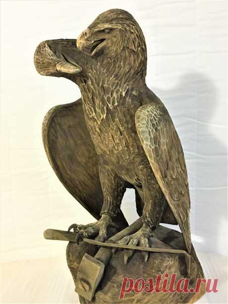 Скульптура имеет высоту 49 см. и находится в коллекции автора. выставлена на продажу. Цена 80000 руб.