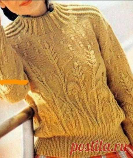 Пуловер с растительными мотивами спицами
