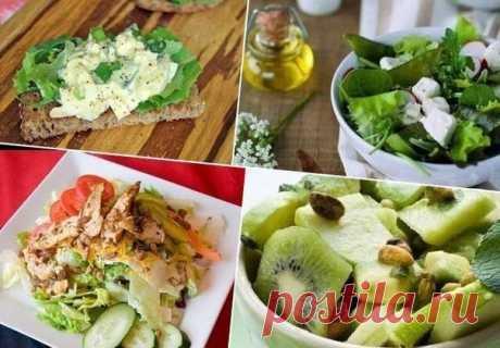 Подборка идей салатов для легкого ужин    1. яблоки + шпинат + грецкие орехи + сельдерей. Заправить соусом из оливкового масла, сметаны и зерновой горчицы.  2. авокадо + яблоко + лайм + киви. Заправить соусом из меда, мяты и орехов.  3. брынза + зеленый лук + салатные листья + редис. Заправить соусом из сметаны и укропа.  4. молодая капуста + огурцы + вареные яйца. Заправить соусом из растительного масла и петрушки  5. курица-гриль + томаты черри + огурцы + салатные листья...