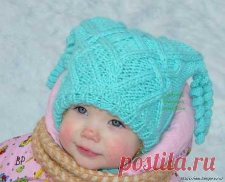 """Naughty hat for the little woman of fashion of """"Мой бельчонок"""" knitted spokes!"""