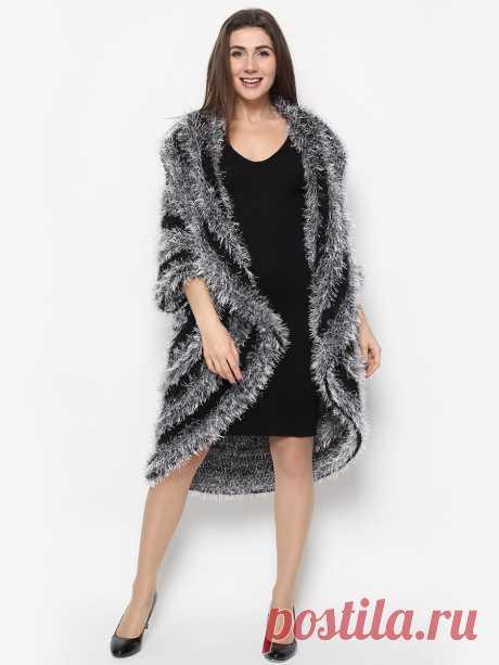 """Кардиган """"Черно-серый пушистик"""", SEANNA Эффектный пальто-кардиган от российского дизайнера Анны Сердюковой, Дом Моды SEANNA.  Вязаный вручную из мягчайшего итальянского мохера и пушистой пряжи. Кардиган отлично подходит сразу на 5 размеров, что очень удобно. Удлиненный кардиган смотрится, как мягчайшая шубка и очень стройнит, несмотря на нежную пушистость.Можно носить как верхнюю одежду в прохладную погоду и как нарядный кардиган-накидка на вечернее платье.К кардигану в по..."""