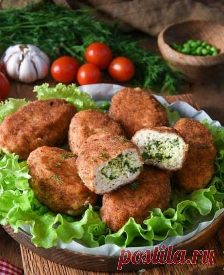 Вкуснейшие куриные котлетки с яично-сырной начинкой для новогоднего стола