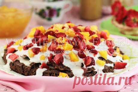 Шоколадный торт с клубникой и ананасом | Волшебная Eда.ру