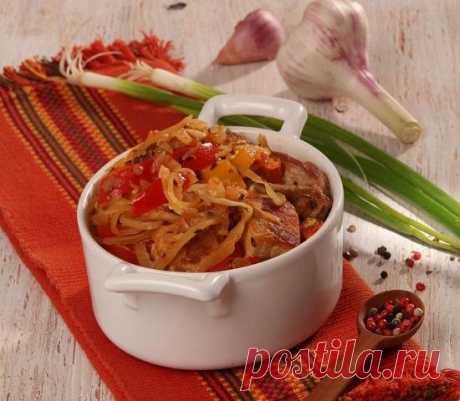 Свинина, тушенная с квашеной капустой: гуляш по-балкански. Рецепт