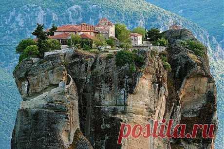 Монастырский комплекс Метеора,Греция.