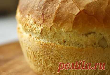 """Белый хлеб в мультиварке.   Ингредиенты к рецепту """"Белый хлеб в мультиварке"""":  1 пакетик сухих дрожжей;  900 грамм муки;  Показать полностью…"""