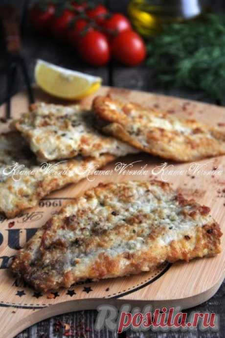 Филе минтая в муке на сковороде - 9 пошаговых фото в рецепте Предлагаю приготовить филе минтая на сковороде, предварительно запанировав его в муке. Минтай - идеальная рыба для жарки, ведь в ней мало мелких костей. Рыбка получается очень аппетитной, вкусной, с хрустящей корочкой. Аромат жареной рыбе придадут чеснок и розмарин. Филе минтая жарится за ...