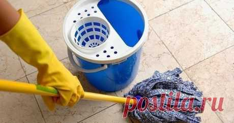 10 PRACTICAL ADVICE FOR CLEANING AFTER WHICH YOUR HOUSE WILL SHINE PURITY! 1. Cleaning of a microwave Pour mix of vinegar and water 1:1 in a plate. Put a bowl in a microwave, include it for 5 seconds. Vapors of water and vinegar will help to bring order to a microwave quickly. …