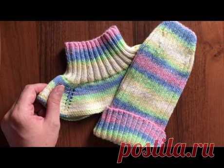 Комплект спицами для ребёнка. Шапочка на осень и манишка. Alize baby wool batik