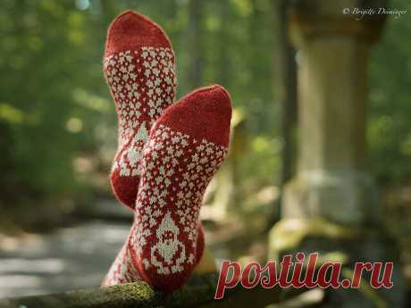 3 МК по вязанию необычных носков спицами | Мамины Ручки. Вязание, рукоделие | Яндекс Дзен