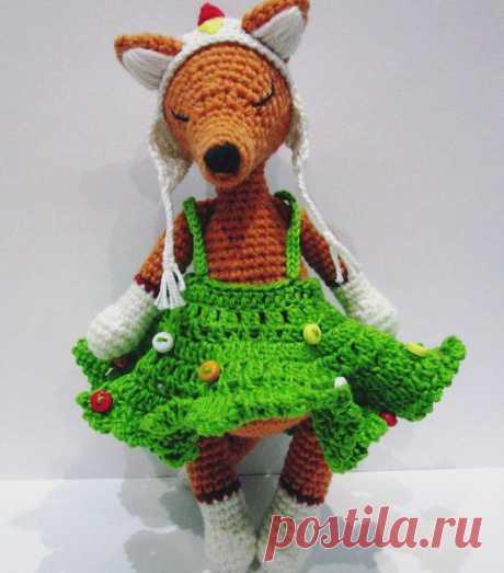 """PDF Лиса """"Новогодняя краса"""". FREE amigurumi crochet pattern. Бесплатный мастер-класс, схема и описание для вязания игрушки амигуруми крючком. Вяжем игрушки своими руками! Лиса, лисёнок, лисичка, fox, fuchs, raposa, renard, zorro. #амигуруми #amigurumi #amigurumidoll #amigurumipattern #freepattern #freecrochetpatterns #crochetpattern #crochetdoll #crochettutorial #patternsforcrochet #вязание #вязаниекрючком #handmadedoll #рукоделие #ручнаяработа #pattern #tutorial #häkeln #amigurumis"""