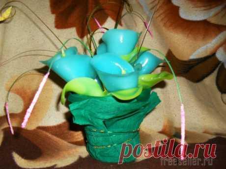 Velas en forma de ramos de flores de parafina