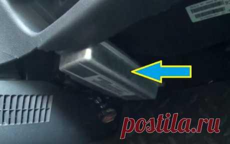Перенёс ЭБУ на Ладе Калине в безопасное место  Всем привет сегодня хочется показать, куда я перенёс электронный блок управления (ЭБУ) на автомобиле Лада Калина. Вы спросите, а зачем нужно это делать? Ответ прост чтобы мозги не залило антифризом, так как радиатор печки расположен прямо сверху и в случае утечки вся жидкость льётся на ЭБУ