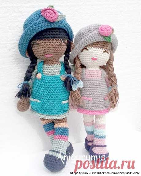 Куколки в шляпках