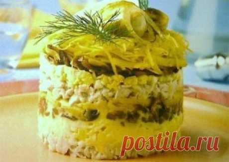 Салат с ананасами и курицей и грибами | Рецепты с фото