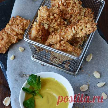 Куриное филе в арахисе с сырным соусом. - пошаговый рецепт с фото