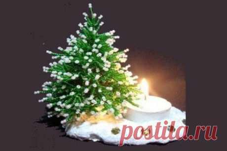 """Мастер-класс """"Елочка из бисера"""" ~ Свое рукоделие Готовимся к новогодним праздникам. Такой новогодний аксессуар как елочка из бисера будет приятно радовать глаз в зимним вечер. Для плетения елочки нам"""