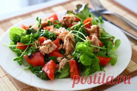 Салат с тунцом и овощами: можно даже на ночь! » Женский Мир