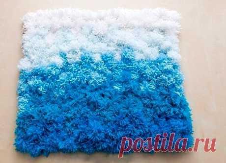 10 простых мастер-классов как сделать небольшой коврик своими руками из разных материалов - ремней, пробок, веревки, помпонов и т.д.