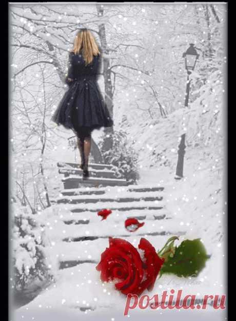 Одинокие люди, одинокие души,  Где-то бродят по свету друг друга, не зная,  И живут, и страдают, и любят кого-то,  Держат за руки тех, кто им вовсе не нужен.   И идут вслед за кем-то, совсем не за этим,  Рядом с тем, кто случайный им в жизни попутчик,  Говорят им слова, обнимают за плечи,  Может, стерпится-слюбится? Кто его знает.   И разводит судьба тех, кто вместе быть должен,  И в том нет их вины, что всё так происходит, Просто жизнь развела их дороги навечно,  Просто в...