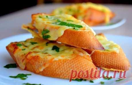 Как приготовить бутерброды с чесноком и сыром - рецепт, ингредиенты и фотографии