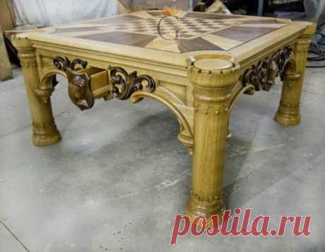 Шахматный стол из массива дуба - Художественная мебель изготовление мебели, качественная натуральная мебель, заказать стол, стулья, трюмо с зеркалом, кровати из дерева, мебель массив, столярные изделия, мебельная мастерская, мебель на заказ из дерева, тумбы из дерева, зеркало резное, кровати для спальни, резная мебель, резьба по дереву, деревянная резная мебель, шкафы барокко, мебель прованс, мебель из ольхи, мебель барокко