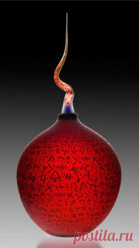 by Duncan McClellan, American Glass Artist