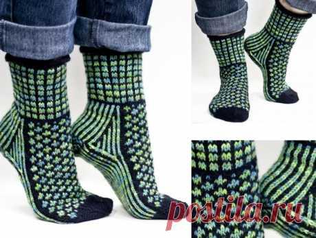 """Жаккардовые носочки """"Ночная земля""""."""