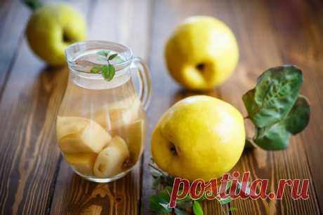 Японская айва — 7 рецептов приготовления Экзотические плоды, напоминающие яблоки, отличаются твёрдостью и кислотой, что делает их практически непригодными для употребления в сыром виде. Однако рецепты приготовления японской айвы дают возможностью почувствовать её пикантный вкус, непревзойденный аромат и использовать для приготовления разнообразных напитков, вторых блюд и десертов. Варенье из айвы японской - самый вкусный рецепт Варенье из айвы, богатой витаминами, органиче...