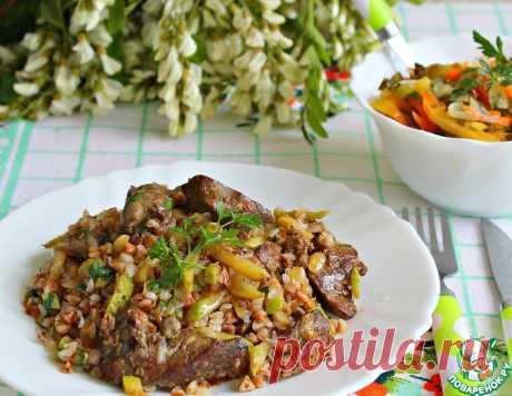 Ароматная куриная печень с кабачками – кулинарный рецепт