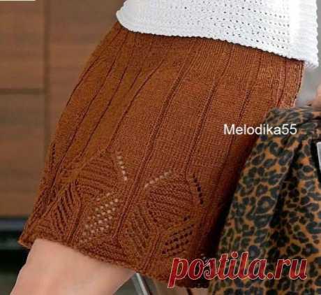 Юбка ажурным узором Вязаная спицами юбка с ажурным узором. Описание