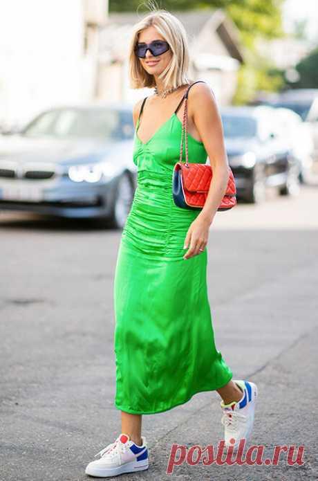 Как носить кроссовки с платьем: 5 правил, которые спасут тебя от провала