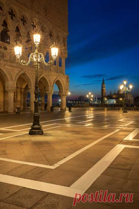 """hardsadness: """"st. mark's square at the blue hour by linsenschuss """""""