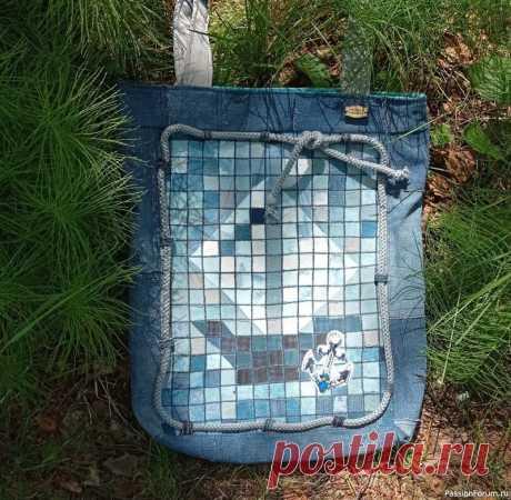 Пляжная сумка из старых джинсов.