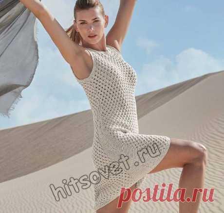Летнее платье из хлопка с ажурным сетчатым узором.