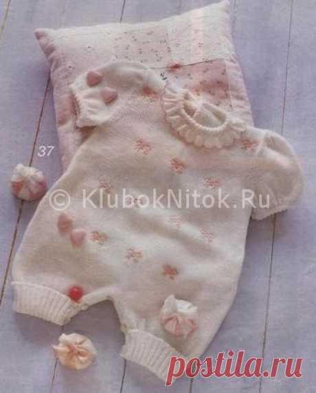 Комбинезон с бантиками   Вязание для девочек   Вязание спицами и крючком. Схемы вязания.