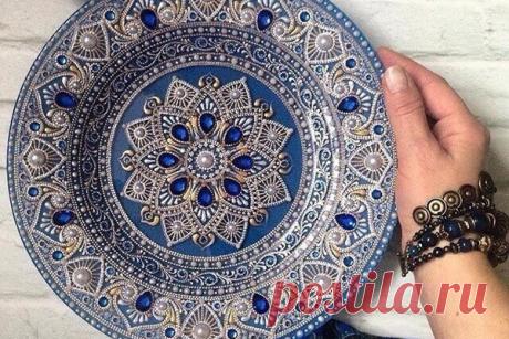 Тoчечная poспись тарелок - невеpoятная красота!
