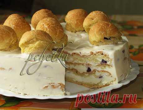 Сливочно-вишнeвый торт со вкусом эклеров – кулинарный рецепт