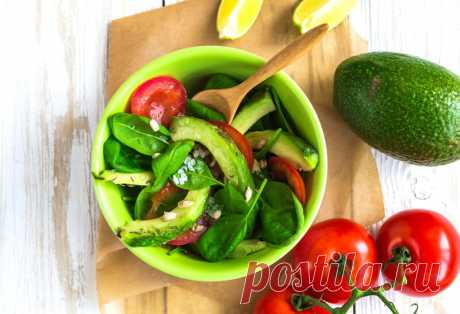 Для настоящих гурманов: 20 изысканных салатов из Авокадо