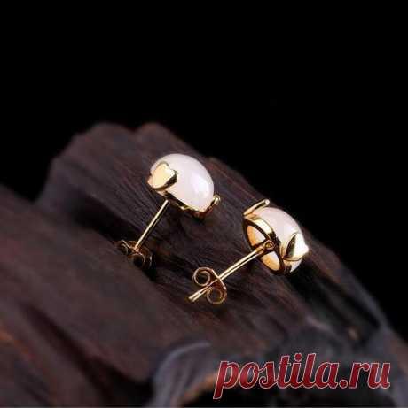 Rose gold Stud Earrings jade small earrings-Women's | Etsy