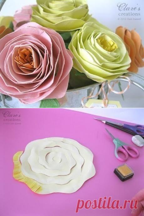 Красивые и несложные в исполнении бумажные цветы.