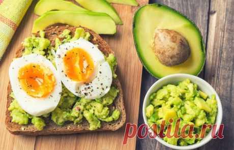 Тост с авокадо и отварным яйцом - кулинарный пошаговый рецепт с фото • INMYROOM FOOD