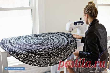 Шьем стильный коврик — Сделай сам, идеи для творчества - DIY Ideas